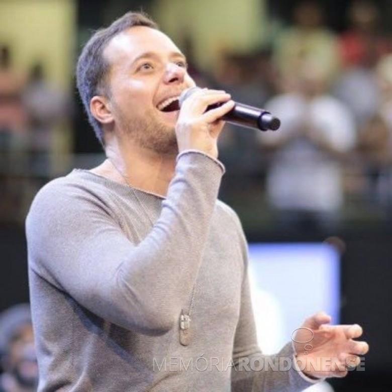 Músico André Valadão que se apresentou em Pato Bragado, em junho de 2018.  Imagem: Arquivo pessoal - FOTO 6  -