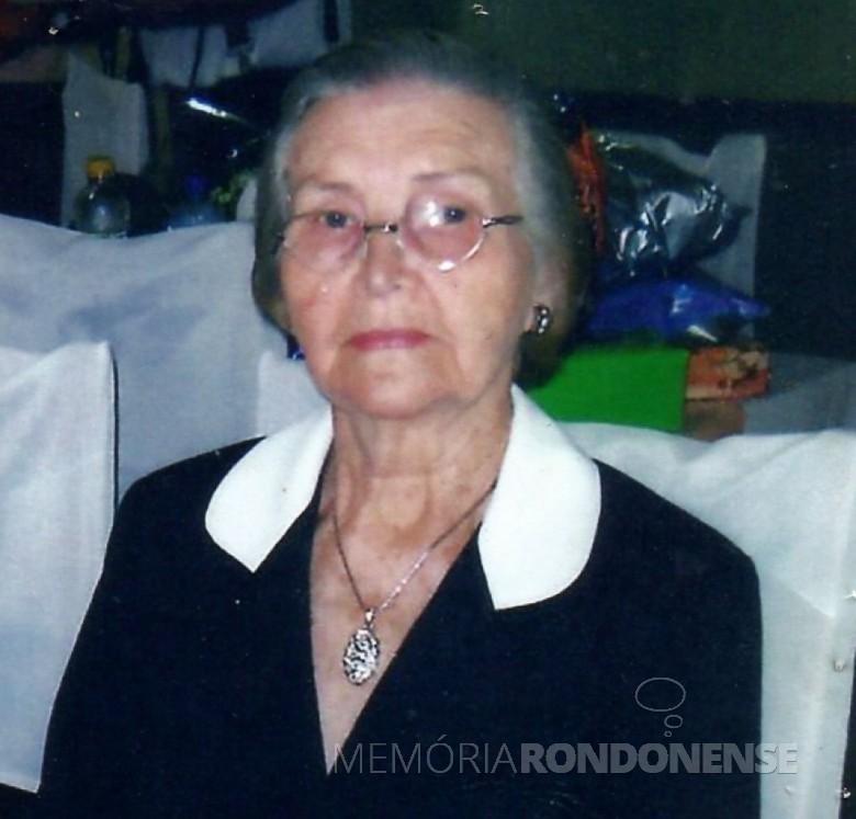 Hilda Rauber Witeck, falecida em 07 de abril de 2011,  foi pioneira da Linha São Cristóvão. Imagem: Acervo Izoldi Witeck Adams - FOTO 2 -