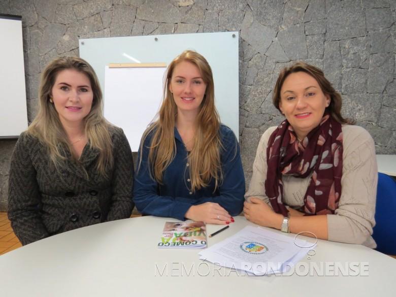 Gestoras do projeto Universidade da Criança:  Aline Juliane Bruening, Angelica Cristina Henicke e Marta Schumacher, da esquerda à direita.  Imagem: Acervo O Presente - FOTO 5 -