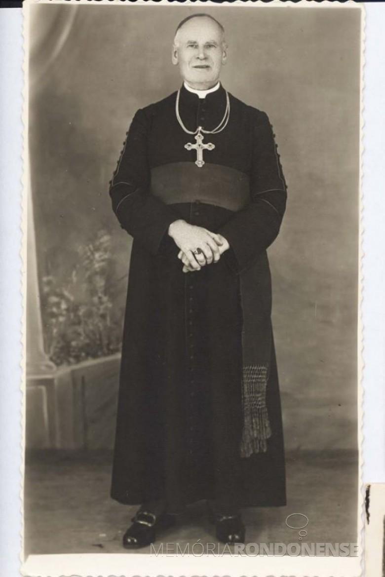D. Manoel Könner,  primeiro bispo da  então Prelazia de Foz do Iguaçu.  Imagem: Acervo Memória Rondonense - FOTO 2 -