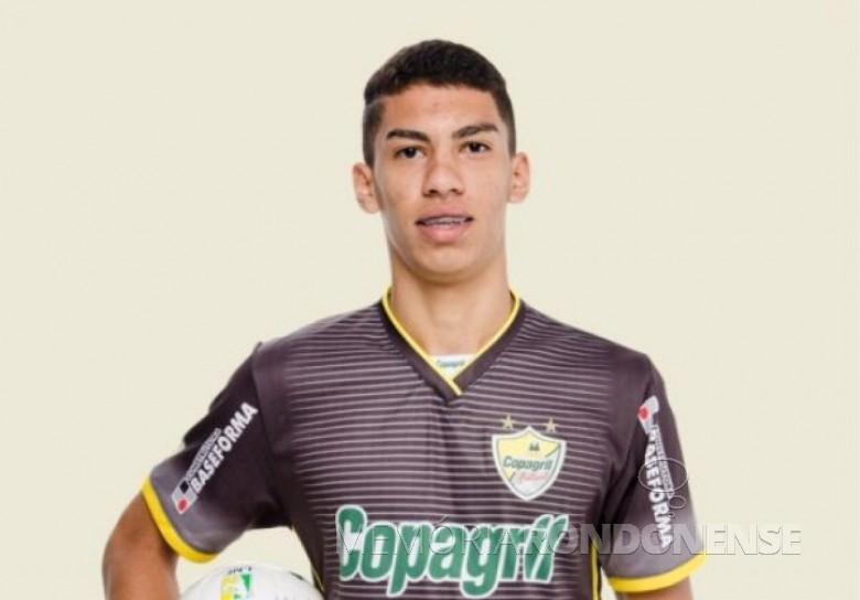 Atleta rondonense  Matheus Obina (Matheus Henrique da Cruz) contratado pelo Corinthians, da capital paulista, para sua equipe sub 20.  Imagem: Acervo OlhonaBola - FOTO 2 -