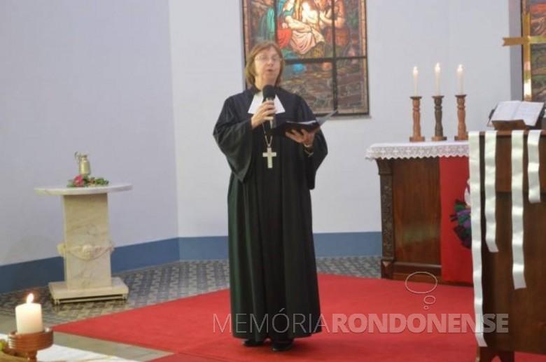 Pastora Silvia Beatrice Genz palestrante no mesmo evento. Imagem: Acervo www.luteranos.com.br - FOTO 2 - FOTO 4 -