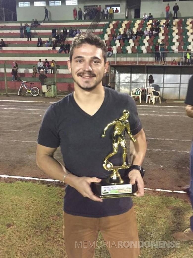 Jogador Maicon Krein, do Grêmio Aymoré, artilheiro da Série Ouro, com 7 gols.  Imagem: Acervo pessoal - FOTO 5 -