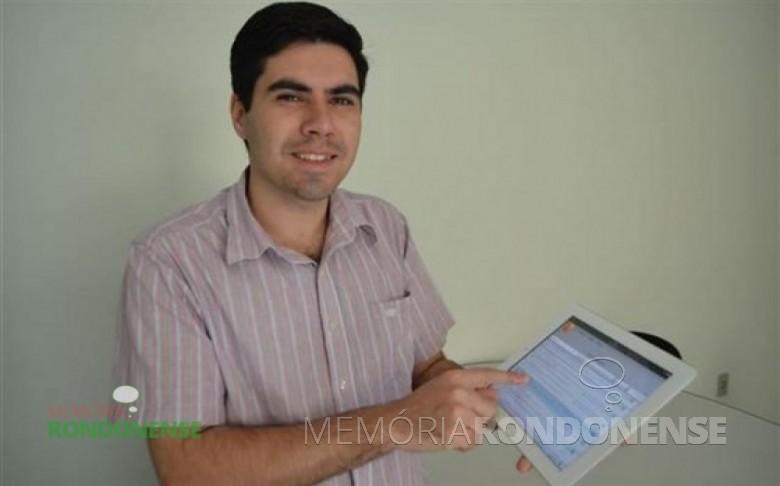 Rondonense Alex Sandro de Almeida França ganhador do prêmio nacional do 10º Prêmio Santander Universidade.  Imagem: Acervo O Presente Digital - FOTO 7 -