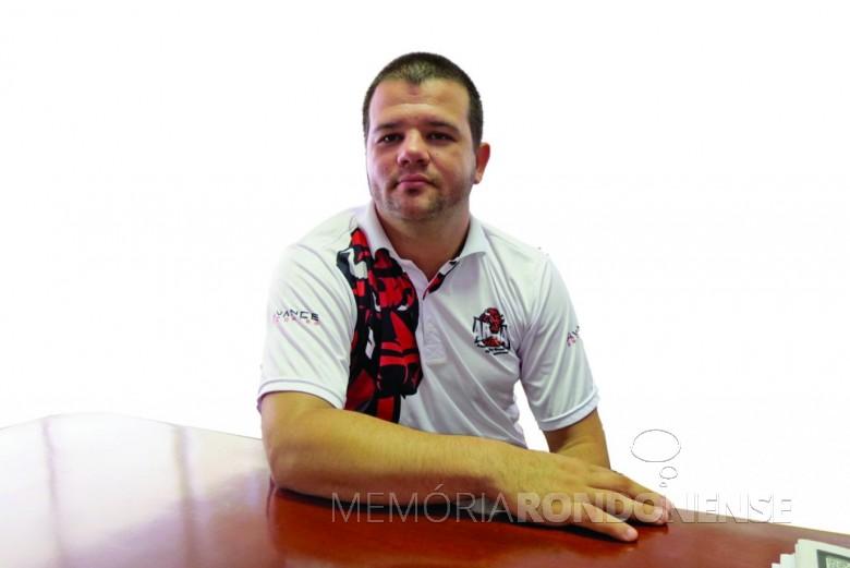 técnico Guilherme Roma, da equipe rondonense de basquete AROBA.  Imagem: Acervo O Presente - FOTO 3 -