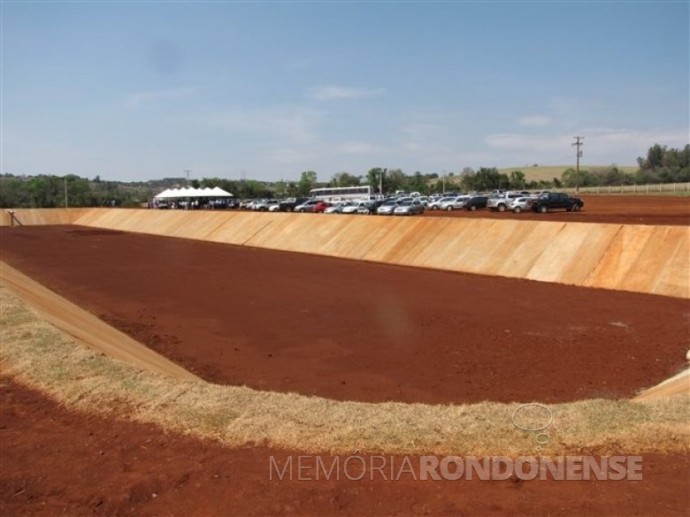 Vista do complexo da estação de tratamento de esgoto sanitário municipal Guavirá. na sua inaguração em setembro de 2014. Imagem: Acervo O Presente - FOTO 5 -