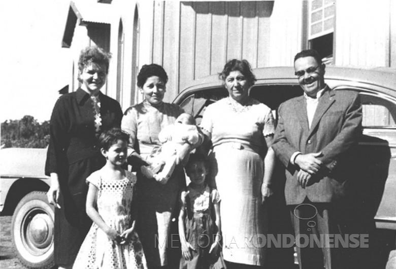 D. Ingrun e D. Maximilia (esposa de Ary Branco da Rosa),  Laureana Mohr e    Ary Branco da Rosa, em 1960.