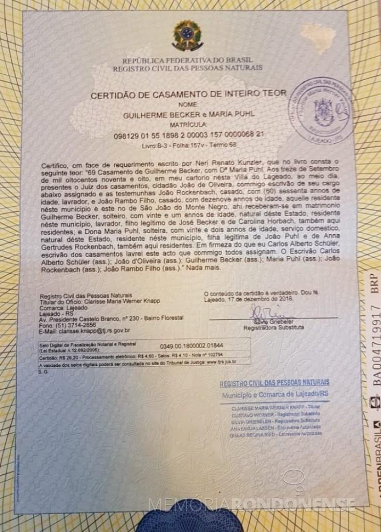 Certidão de casamento de Maria Puhl e Guilherme Becker, avós de Maria Becker, esposa de Adolfo Oscar Kunzler.
