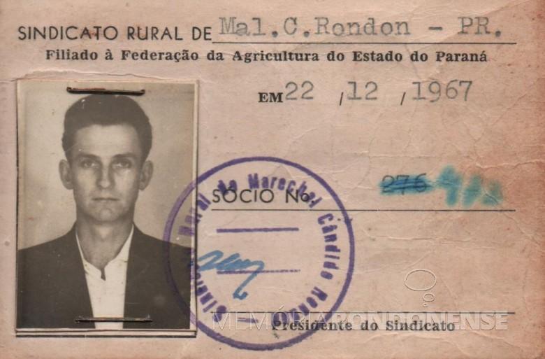 Carteira de Adolfo Oscar Kunzler como filiado ao Sindicato Rural Patronal de Marechal Cândido Rondon.