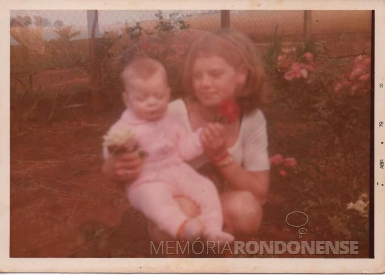 Filhos Renato (nene) e Ilse.