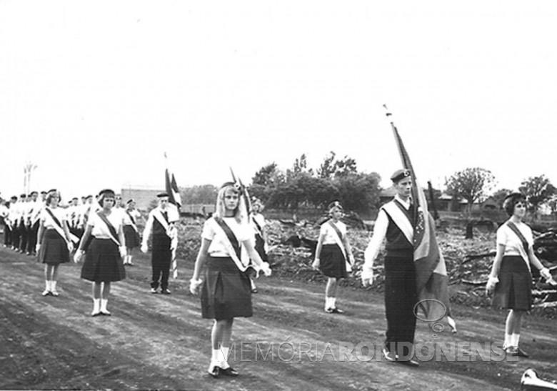 Ginasianos, 1964.