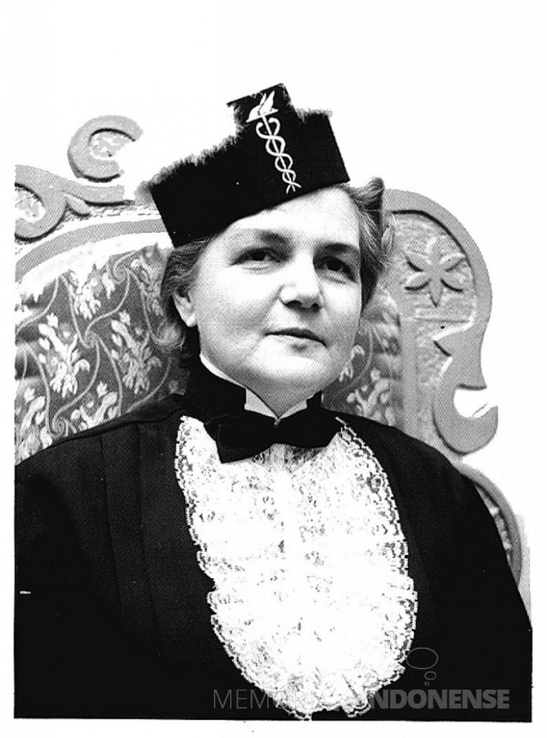 Dna. Ingrun formanda em Técnica Contábil, em 1970.