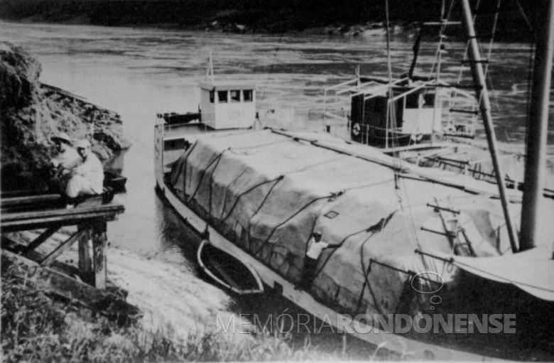 Chata de transporte de chá erva-mate, em Porto Britânia. 1960
