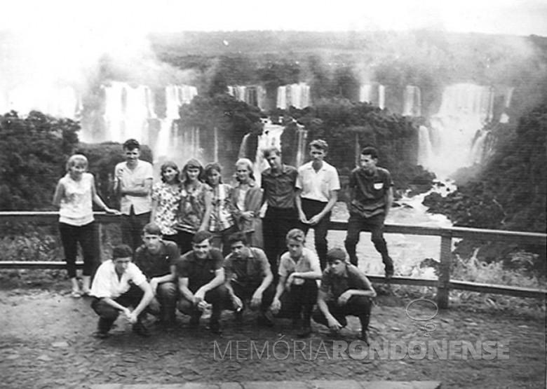 Ginasianos, viagem de formatura. 1964