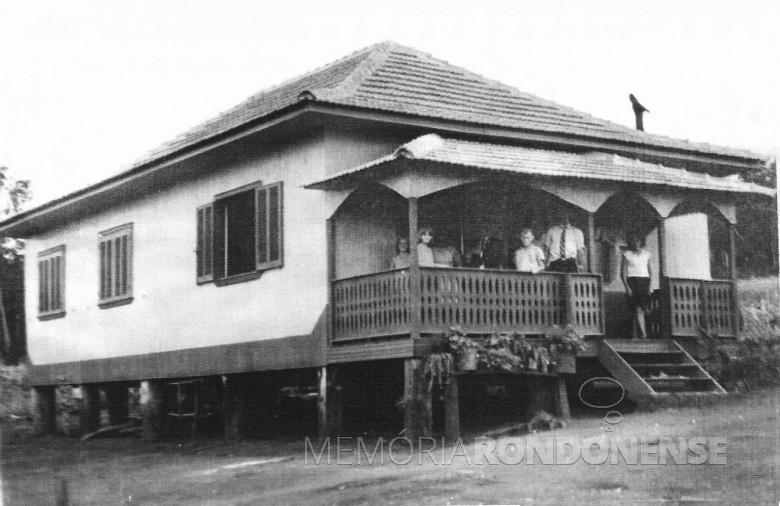 Casa -moradia colonial. 1970.