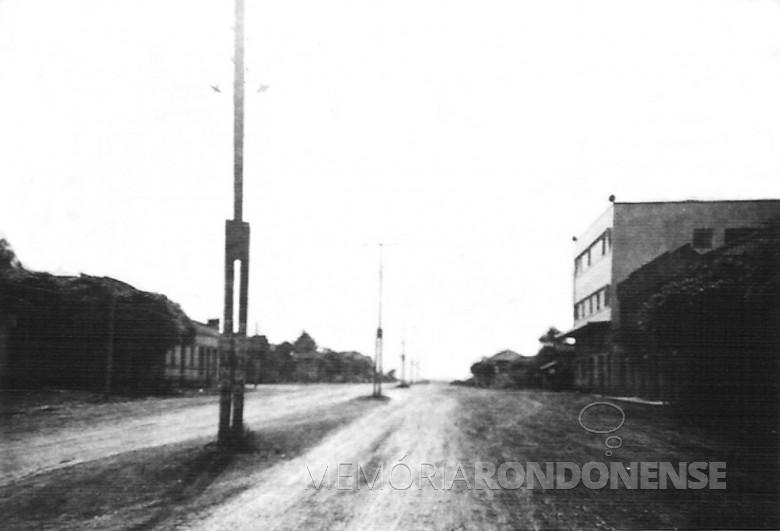 Avenida Rio Grande do Sul; Cine Ideal. 1967
