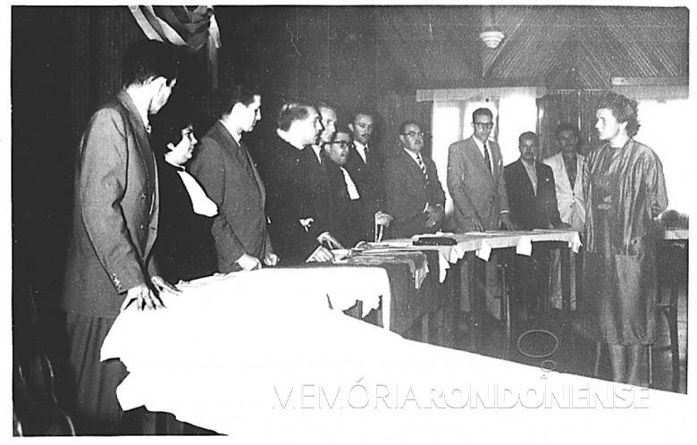 Cerimônia de naturalização de D. Ingrun, em 1959.
