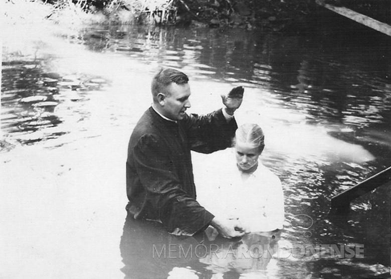 Batizado de Dalila Sippert - 1ª Igreja Batista, Marechal Cândido Rondon. 1968